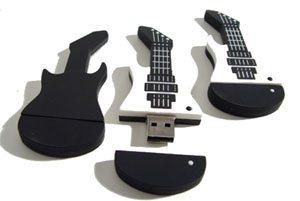cl usb originale en forme de guitare bhmag. Black Bedroom Furniture Sets. Home Design Ideas