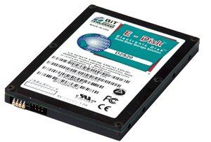 Un disque SSD de 832Go chez BiTMICRO