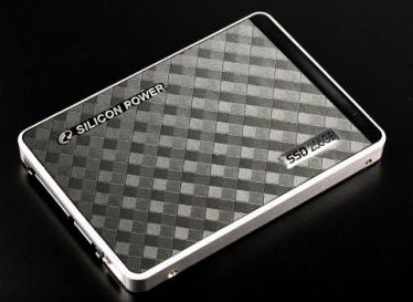 Silicon Power E10 : un SSD performant et design