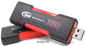 Team Group X092 : une clé à la fois USB 2.0 et eSATA