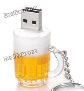 Insolite : une clé usb en forme de pinte de bière