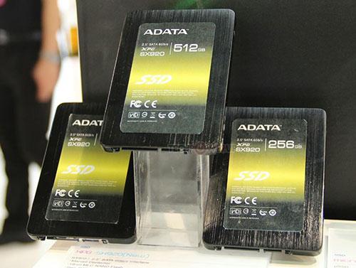 ADATA expose un nouveau SSD, le SX920, au Computex