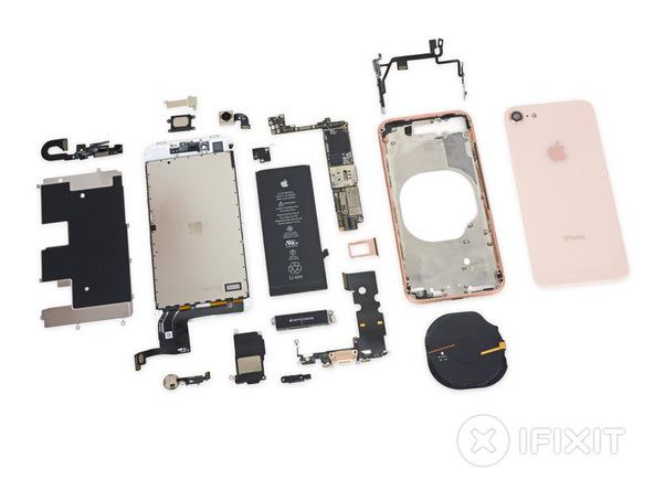 iFixit démonte les iPhone 8 et 8 Plus et leur donne la note de 6 sur 10