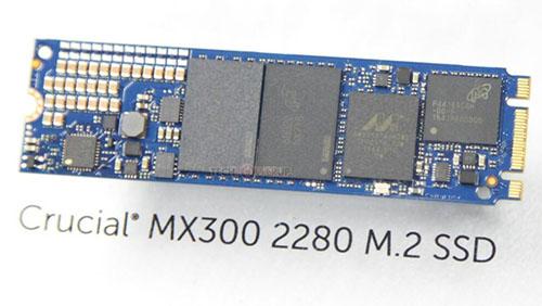 Une première photo du SSD Crucial MX300 au format M.2.
