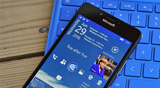 Sortie de la mise à jour anniversaire de Windows 10 sur smartphone…