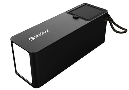Insolite : une grosse powerbank de 42.000 mAh pour les accrocs au smartphone (ou pour alimenter un mini frigo)