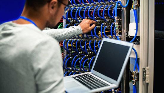 Comment recruter un bon ingénieur informatique ?