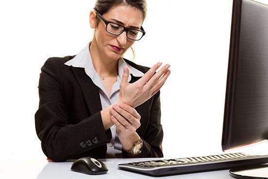 Pourquoi utiliser une souris ergonomique ?