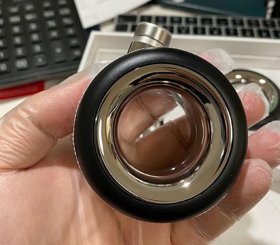 Insolite (bis) : les roulettes Apple à 849€ ont trouvé preneur. Voilà les photos !
