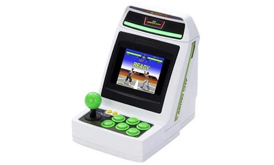 Sega annonce une mini borne d'arcade Astro City pour les fans de salle d'arcade