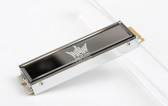 Galax lance aujourd'hui le HOF Extreme : un SSD M.2. NVMe qui carbure à 7 Go/s