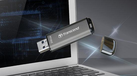 JetFlash 920 : une clé USB 3.1 Gen1 en mémoire TLC